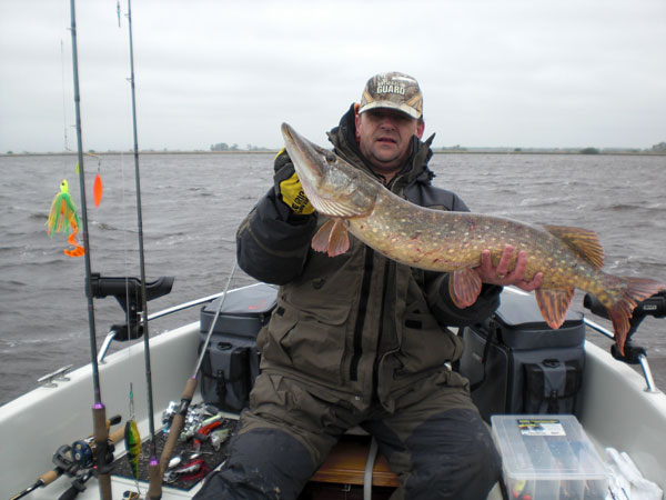 Henry from Henry's Hengelsport-Northerlands, Northern caught on the Boss